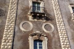 Balconcino semplice semplice